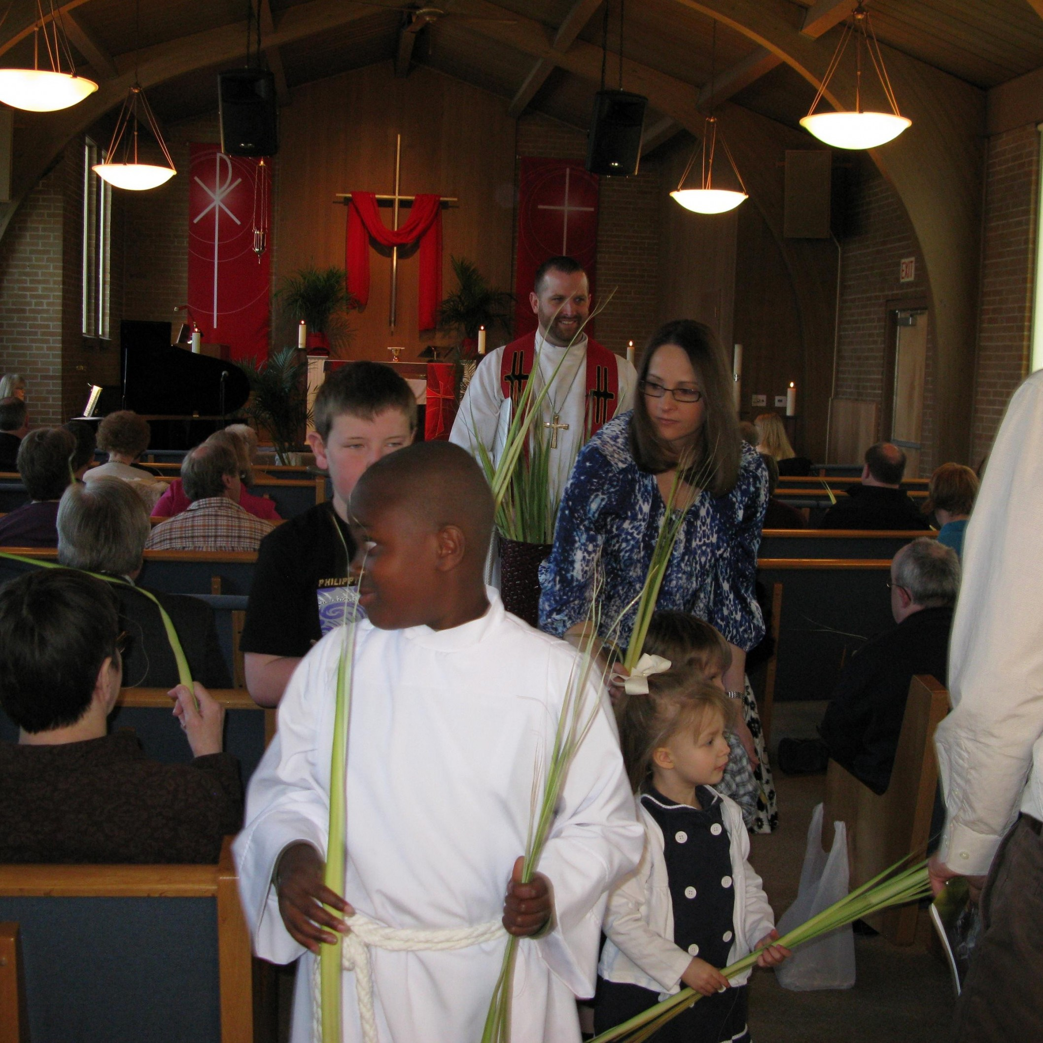Palm Sunday Pastor Kids palm fronds exiting